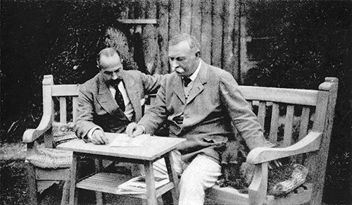 File:1925ca-arthur-conan-doyle-and-ashton-wolfe-at-bignell-wood2.jpg