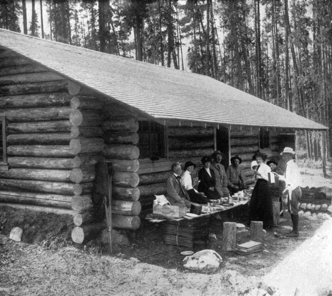 File:1914-arthur-conan-doyle-in-jasper-park-shelter-house.jpg
