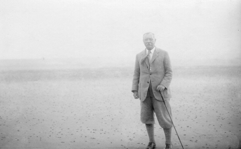 File:1920s-arthur-conan-doyle-standing-on-beach.jpg