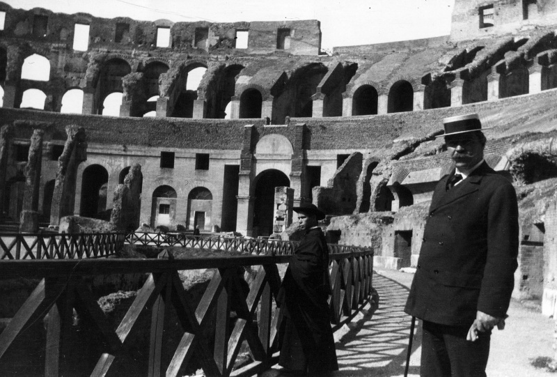 File:1907-arthur-conan-doyle-at-the-colosseum-in-rome.jpg