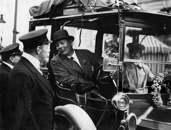 1911-arthur-conan-doyle-prince-henry-tour-with-number-52-green-dietrich-lorraine.jpg
